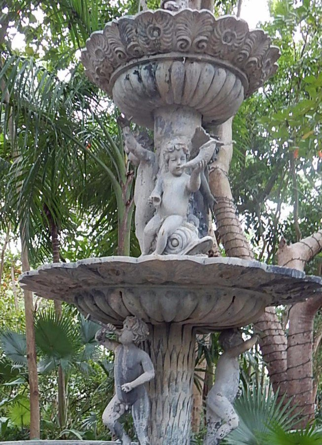 La Fuente (The Fountain)